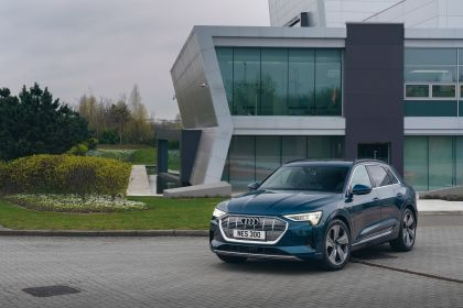 2019 Audi e-Tron - UK version 69