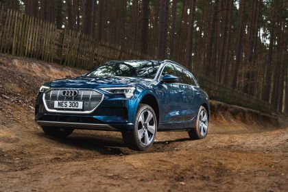 2019 Audi e-Tron - UK version 75