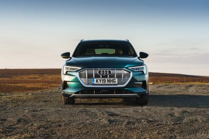 2019 Audi e-Tron - UK version 85