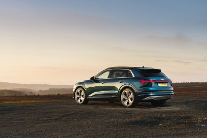 2019 Audi e-Tron - UK version 86