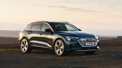2019 Audi e-Tron - UK version 3