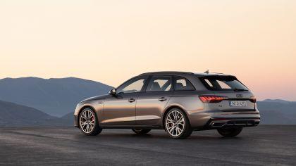 2019 Audi A4 Avant 9