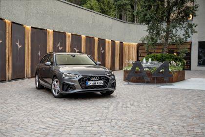 2019 Audi A4 Avant 14
