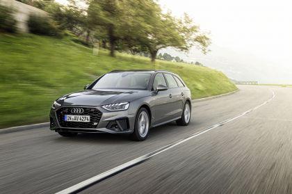 2019 Audi A4 Avant 23