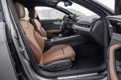 2019 Audi A4 Avant 33