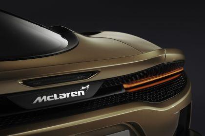 2019 McLaren GT 16