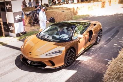 2019 McLaren GT 32