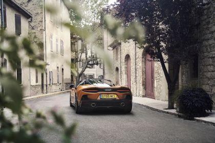 2019 McLaren GT 37