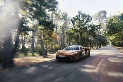 2019 McLaren GT 52