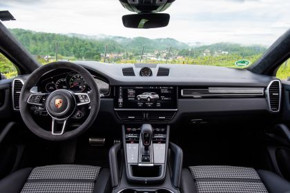 2019 Porsche Cayenne S coupé 48