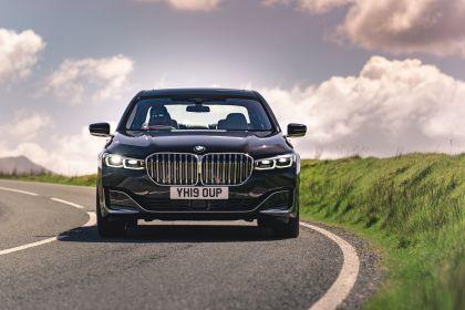 2020 BMW 730Ld - UK version 4
