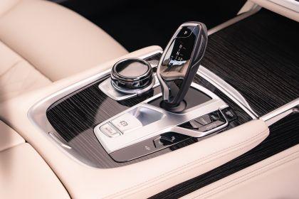 2020 BMW 730Ld - UK version 30