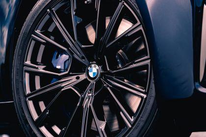 2020 BMW 750i xDrive M Sport - UK version 14