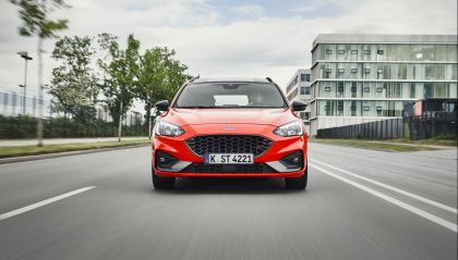 2020 Ford Ford Focus ST wagon 4