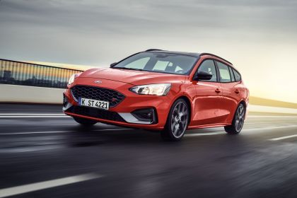 2020 Ford Ford Focus ST wagon 5
