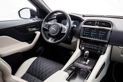 2019 Jaguar F-Pace SVR 51