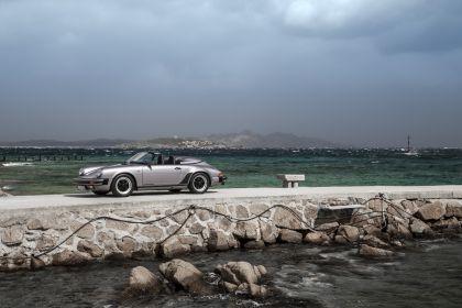 1988 Porsche 911 ( G-series ) Speedster 1