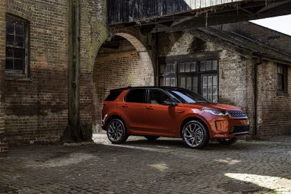 2020 Land Rover Discovery Sport 33