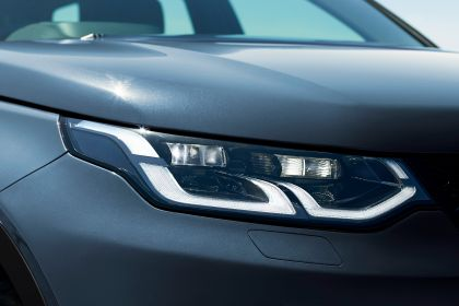2020 Land Rover Discovery Sport 76