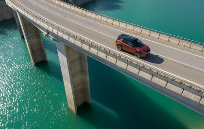 2020 Land Rover Discovery Sport 96