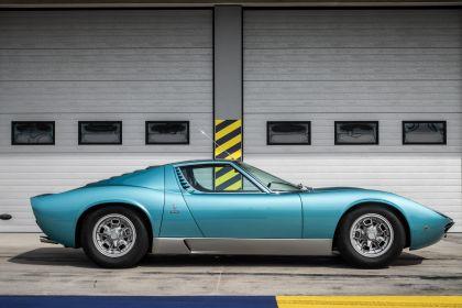 1971 Lamborghini Miura P400 S 7
