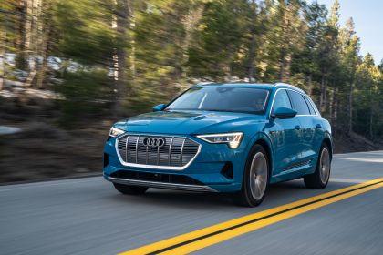 2019 Audi e-Tron - USA version 5