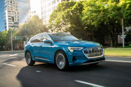 2019 Audi e-Tron - USA version 10