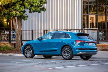 2019 Audi e-Tron - USA version 21