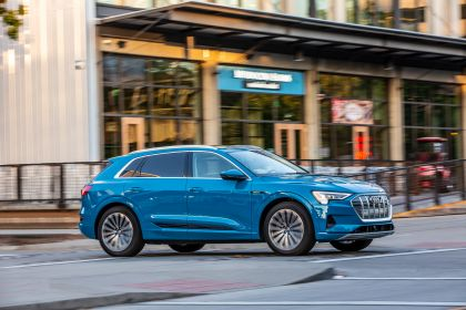 2019 Audi e-Tron - USA version 22