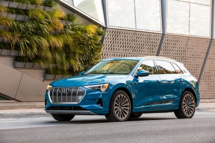 2019 Audi e-Tron - USA version 27