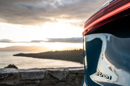 2019 Audi e-Tron - USA version 32