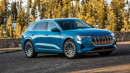 2019 Audi e-Tron - USA version 1