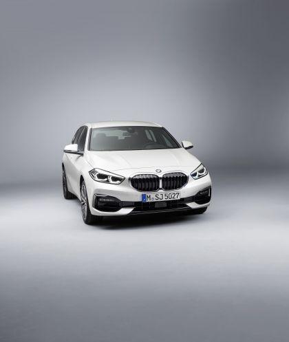 2019 BMW 118i ( F40 ) Sportline 8
