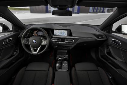 2019 BMW 118i ( F40 ) Sportline 50