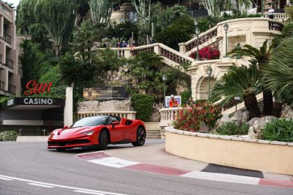 2019 Ferrari SF90 Stradale 14