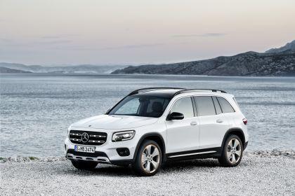 2020 Mercedes-Benz GLB 1