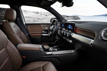 2020 Mercedes-Benz GLB 21