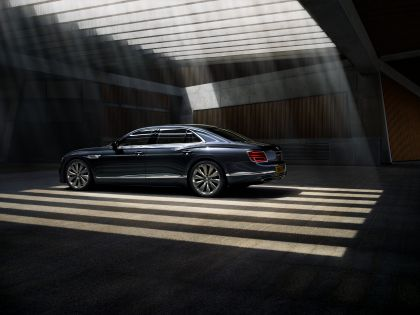 2020 Bentley Flying Spur 20