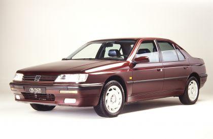 1989 Peugeot 605 SV24 1