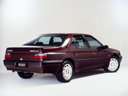 1989 Peugeot 605 SV24 7