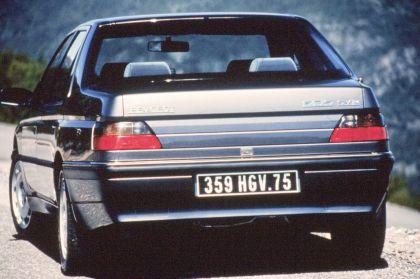 1989 Peugeot 605 SV24 11