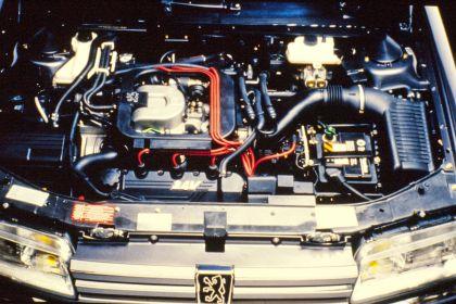 1989 Peugeot 605 SV24 17