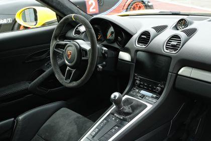 2019 Porsche 718 ( 982 ) Cayman GT4 189