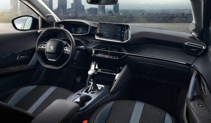 2020 Peugeot 2008 25