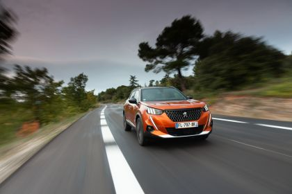 2020 Peugeot e-2008 73