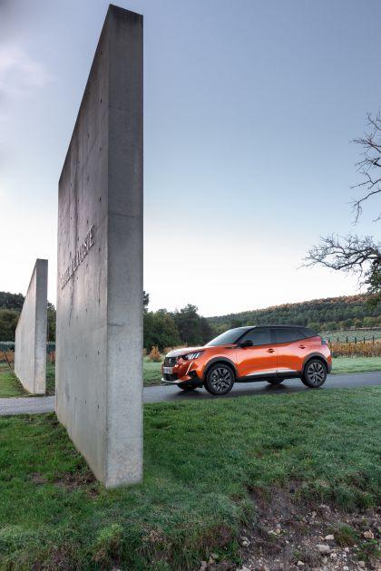2020 Peugeot e-2008 98