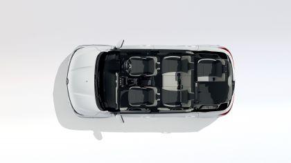 2019 Renault Triber 32