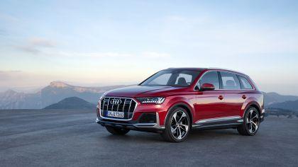 2020 Audi Q7 1