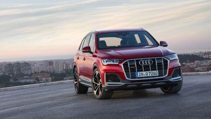 2020 Audi Q7 10