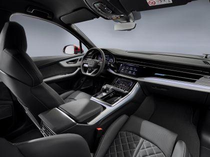 2020 Audi Q7 33